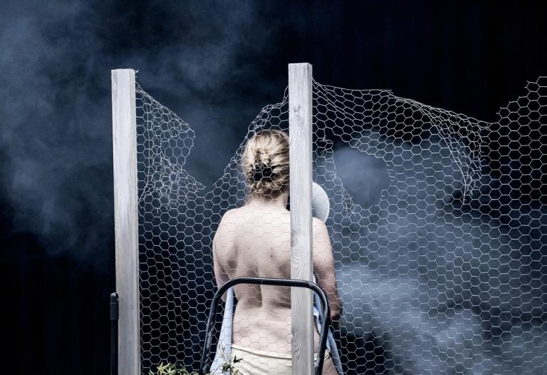 Επαναστατικές μέθοδοι για τον καθαρισμό της πισίνας σας photo by © Karol Jarek (55)
